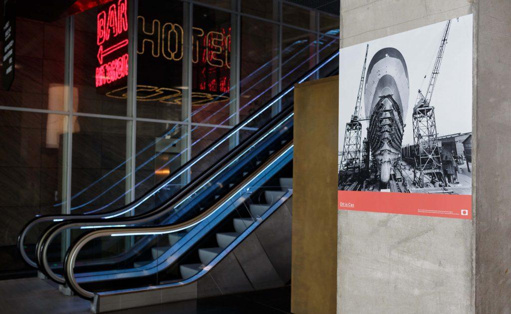 Foto expositie van het Fotomuseum in De Rotterdam